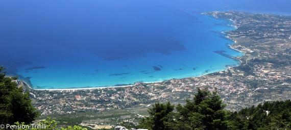 Die Bucht von Lourdata vom Aenos